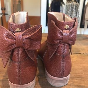 kate spade Shoes - Kate Spade ♠️ Tan Leather Bootie, bow accent, 7